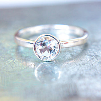White Topaz Ring Sterling Silver Topaz Engagement Ring Alternative Diamond Ring Size 7,5 Promise Ring April Birthstone