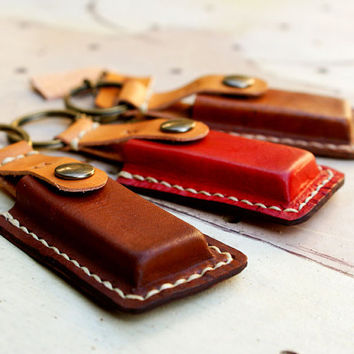 iPod flash drive mini small case leather keyring personalized alphabet unisex Man Dad Father Gift