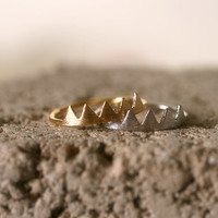 Unique Arrowhead, Mountain peaks, Chevron triangle ring. Choose your Color and Size. Gold or Silver. DoubleBJewelry. DoubleB. Double B.