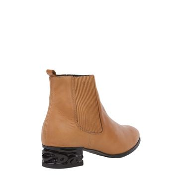 Chelsea Boots in Brown
