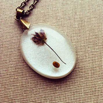 Dried Flower and Seed Resin Pendant  Resin Necklace Botanical Pendants Nature Inspired Jewelry Resin Jewellery