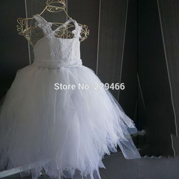 2017 vintage lace rustic White color spaghetti straps fluffy tulle ball gown flower girl dresses for weddings evening party