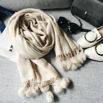 VONESC6 Winter classic solid cashmere texture Scarf and scarves women LICs 2017 Rabbit fur ball fringed thick warm shawl female C024