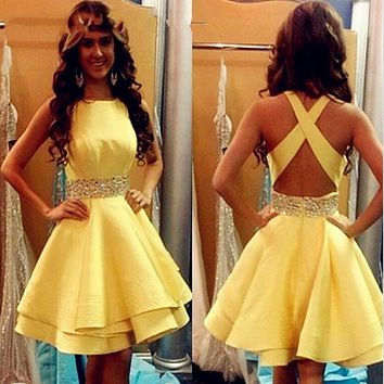 robe de soiree Sexy Yellow prom Dresses Short 2017 Girls Satin Beaded Ribbon Cocktail Party Gowns Cheap Junior Graduation Gowns