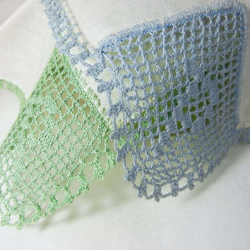 "Filet Crochet Initial Handkerchiefs Hankies: White with Blue and Green Crocheted Design and Edging (Vintage) Monogram ""P"""