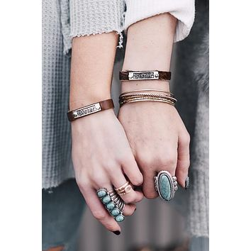 Sisters Leather Bracelet Set