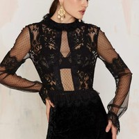 Nasty Gal Drawn to Scallop Lace Blouse