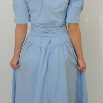 Vintage 60s/80s Style Button Up Light Blue Lace Collared Shoulder Padded Dress