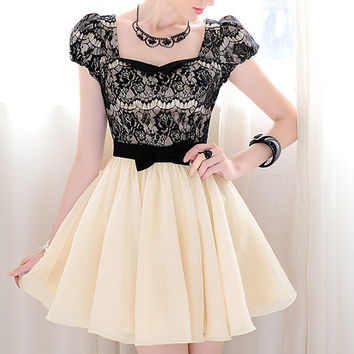 Vintage Sweetheart Neckline Lace Splicing Mini Dress