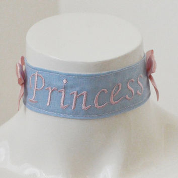 Kitten play collar - Embroidered Princess - ddlg little girl kawaii cute neko lolita pet play - pink and blue