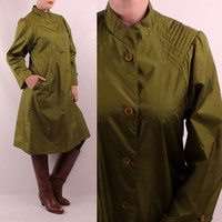 Vintage 70s 80s - Olive Green - V Stitch Quilted Shoulders - A Line Button Up - High Collar - TOTES Nylon Jacket Raincoat Coat
