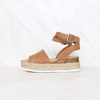 Trendy Sporty Flatfrom Espadrille Sandal with Adjustable Ankle Strap in Tan