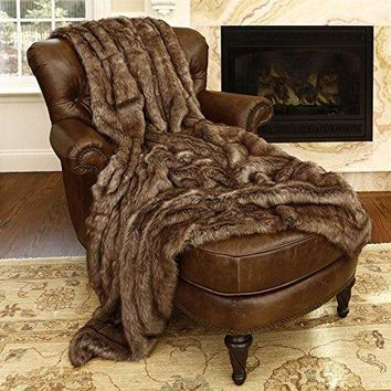 Ben and Jonah Coyote Faux Fur Throw Blanket (84 inch  x 58 inch )