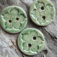 Beautiful Mint Green Speckled Buttons | Luulla