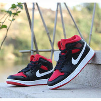 Nike Air Jordan Retro 1 High Tops Contrast Sports shoes Black Red White hook G-CSXY