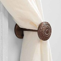 4040 Locust Engraved Doorknob Curtain Tie-Back