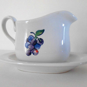 Corelle Coordinates Fruit Basket Design Grape Gravy Boat