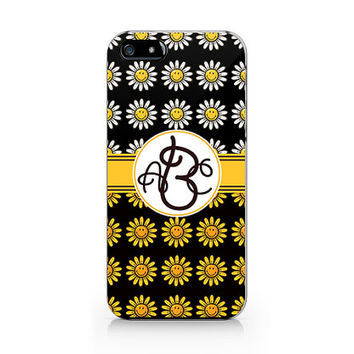 Daisy flower, Monogram phone case, Floral pattern ,iPhone 5 5S case, iPhone 4 4S case, Free shipping M-562