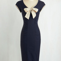 Vintage Inspired Long Cap Sleeves Shift Sheath a Lady Dress in Navy