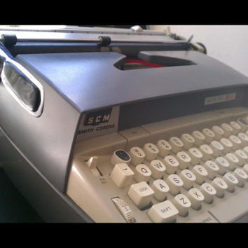 Vintage Smith - Corona Electra 120 Typewriter