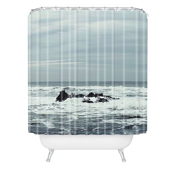 Chelsea Victoria Ocean Rock Crash Shower Curtain