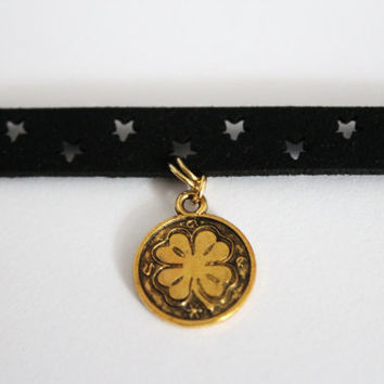 Gold clover coin choker necklace, clover coin choker necklace, black choker leather necklace, star leather necklace, necklace gift