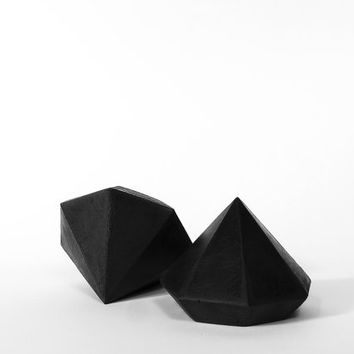 Black Concrete Diamond, Geometric Sculpture, Paperweight or Jewelry Stand, Modern Beton Diamant, Diamond, Geometric diamond, Geometric