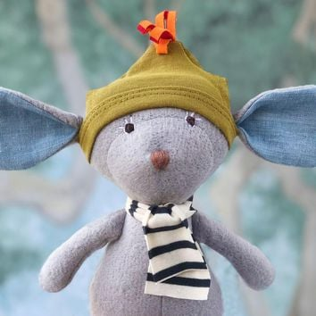Oliver Mouse Organic Doll