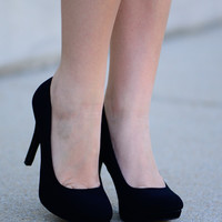 The Waltz Goes On Heel, Black