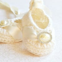 Ivory Baby Girl Shoes - Merino Wool Crochet Baby Booties - Baby Slippers with Satin Ribbon and Pearl Rhinestone Embellishment