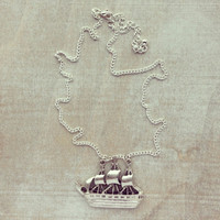 SAIL THE SEVEN SEAS NECKLACE