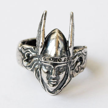 Valkyrie ring, Valkyrie jewelry, Celtic ring, Silver ring, Silver jewelry, Celtic jewelry, Nordic ring, Viking ring, Viking jewelry, Norse