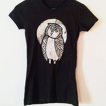 Owl Moon // t-shirt // womens small