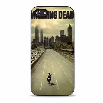 the walking dead cover on the street movies Iphone 5S Cases