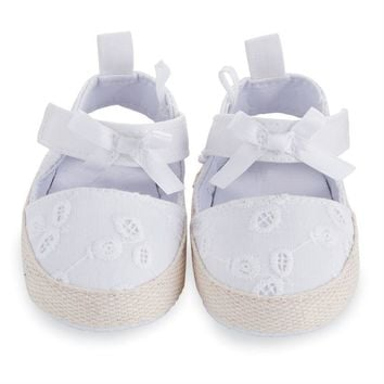 MUD PIE EYELET PRE-WALKER SANDALS