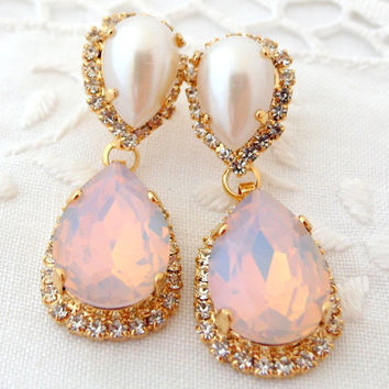 Pink opal and pearl Chandelier earrings, Pink white Bridal earrings, Dangle earrings, Drop earrings, Weddings jewelry, Swarovski earrings