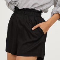 Wide-cut Shorts - Black - Ladies | H&M US