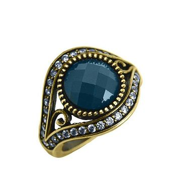 Vintage 14K Gold Checkerboard Cut 6CT Blue Sapphire Ring