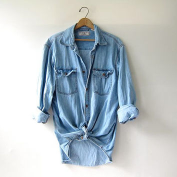 90s Levis washed out jean shirt. Levis denim shirt. oversized button down shirt.