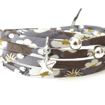Liberty of London wrap bracelet with 925 Sterling silver beads and star charm, charcoal gray with flowers in white & mustard