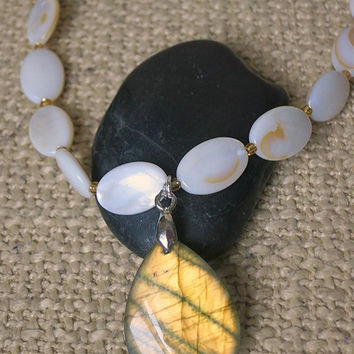 Elegant and Simple Golden Labradorite & Mother of Pearl necklace. Warm white and brown, natural stones, shells. Flashing, shimmering luster.
