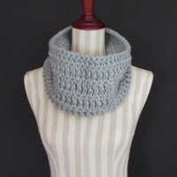 Chunky Crochet Light Gray Cowl Scarf Men Women Teen, Winter Accessories, Crochet Pale Grey Cowl, Christmas Gift, FREE US SHIPPING, Wool Cowl