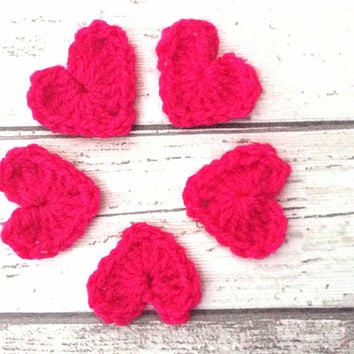 Fuchsia pink crocheted hearts appliqués embellishments motifs supplies