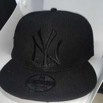 New Yankees black on black snap