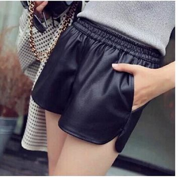 S-XXL New PU Leather Shorts Women's Black High Quality Short Pants With Pockets Loose Casual Shorts DK6162