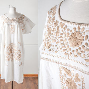 Vintage Mexican Dress | 70s Dress Embroidered Festival Dress Oaxacan Cotton Ethnic Summer Dress Boho Chic Peasant Dress Gypsy Hippie Dress