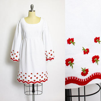 Vintage 1960s Dress - White Cotton Floral Embroidered 60s - Medium