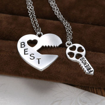 2 Piece Vintage Personalized puzzle necklace silver heart Lock and Kay pendant Best Friends necklace for women friendship