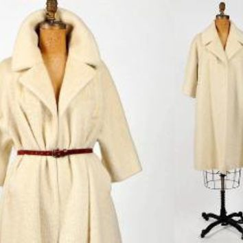 vintage winter white LILLI ANN of PARIS wool swing coat by IKAHN