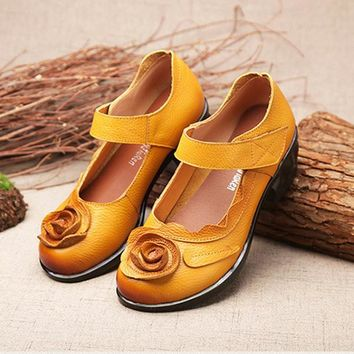 SOCOFY Flower Leather Vintage Pumps Soft Mid Heel Sandals
